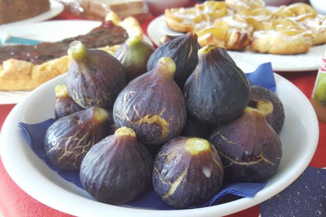 frutta di stagione agriturismo aurivu